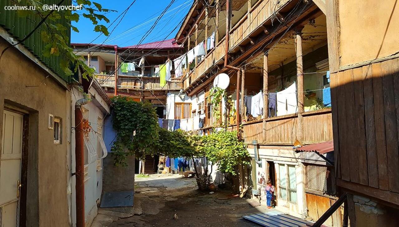 CoolWNS · Прогулки по Тбилиси и платный лифт