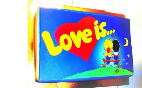 Торт «Love is…»