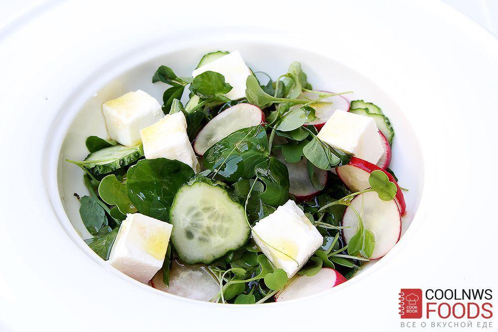 салат с проростками гороха