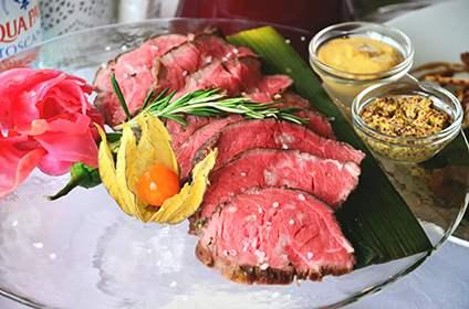 Стейки, блюда из мяса, соусы и гарниры